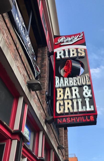 Nashville, Nash-Vegas