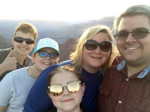 Grand Canyon family selfie