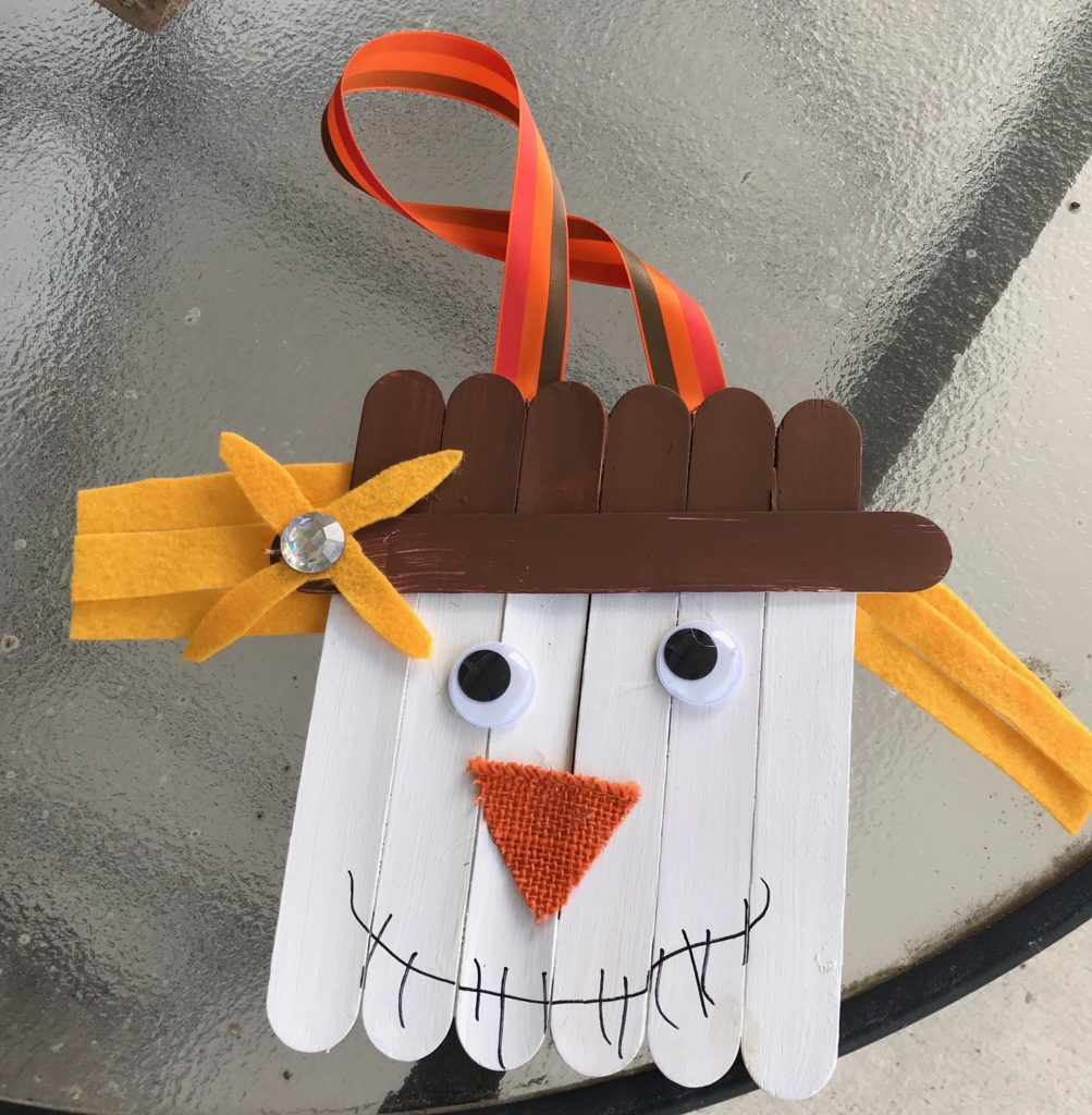 Thanksgiving scarecrow